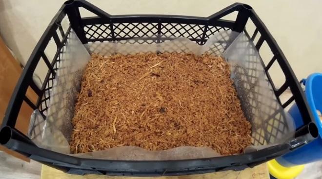 Опилки для выращивания лука
